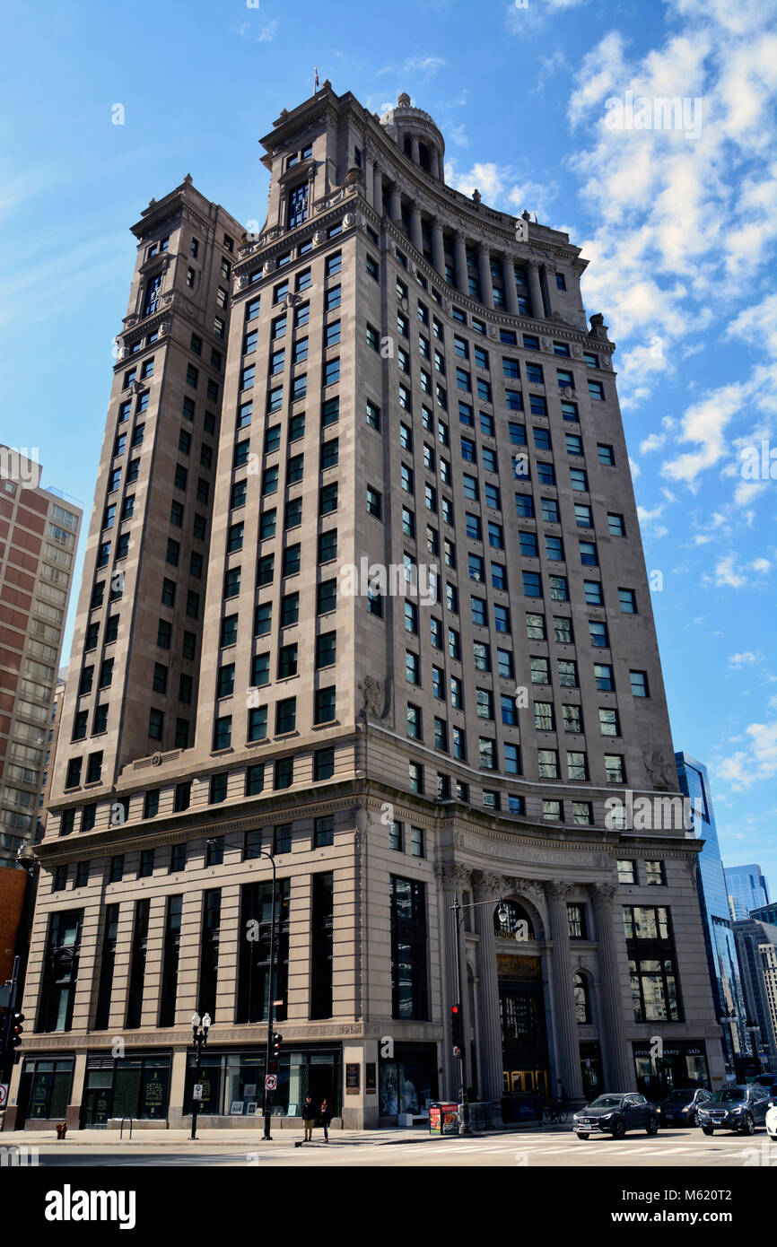 The LondonHouse Chicago Hotel Is In The Guarantee Building On The Chicago  River At The Michigan Avenue Bridge And Holds National Landmark Status.
