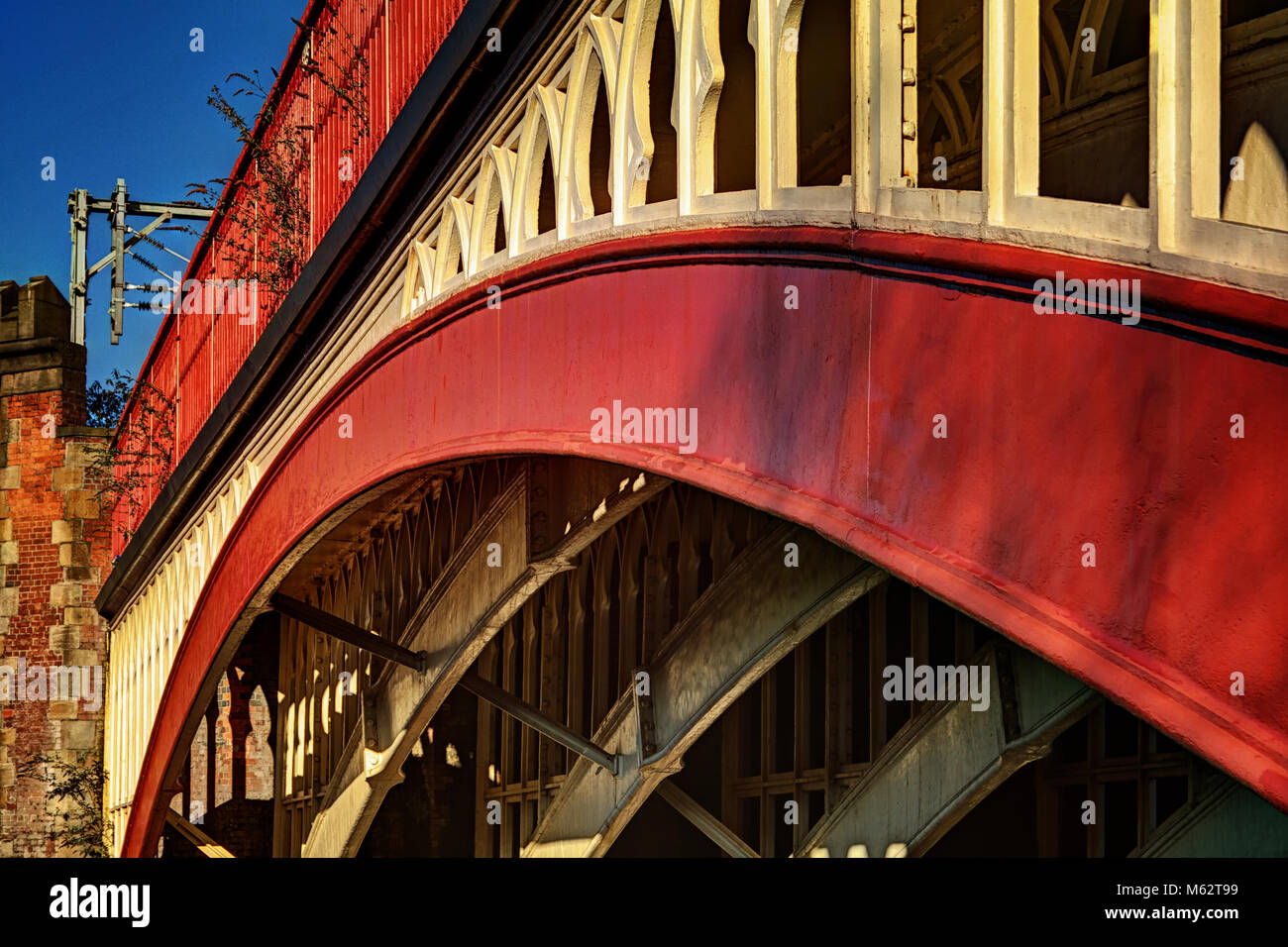 Arches of strength. A bridge spanning the Rochdale Canal in Castlefield, Manchester - Stock Image