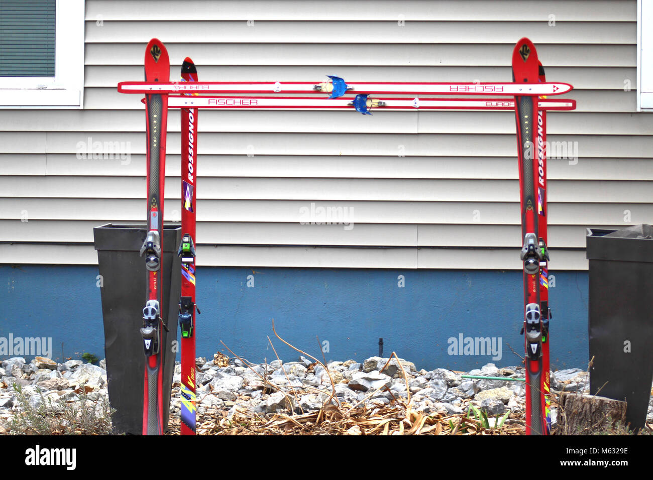 skis on the side of a house in the Avenues SEC Utah. taken with my Cannon Rebel t6 dslr camera. - Stock Image