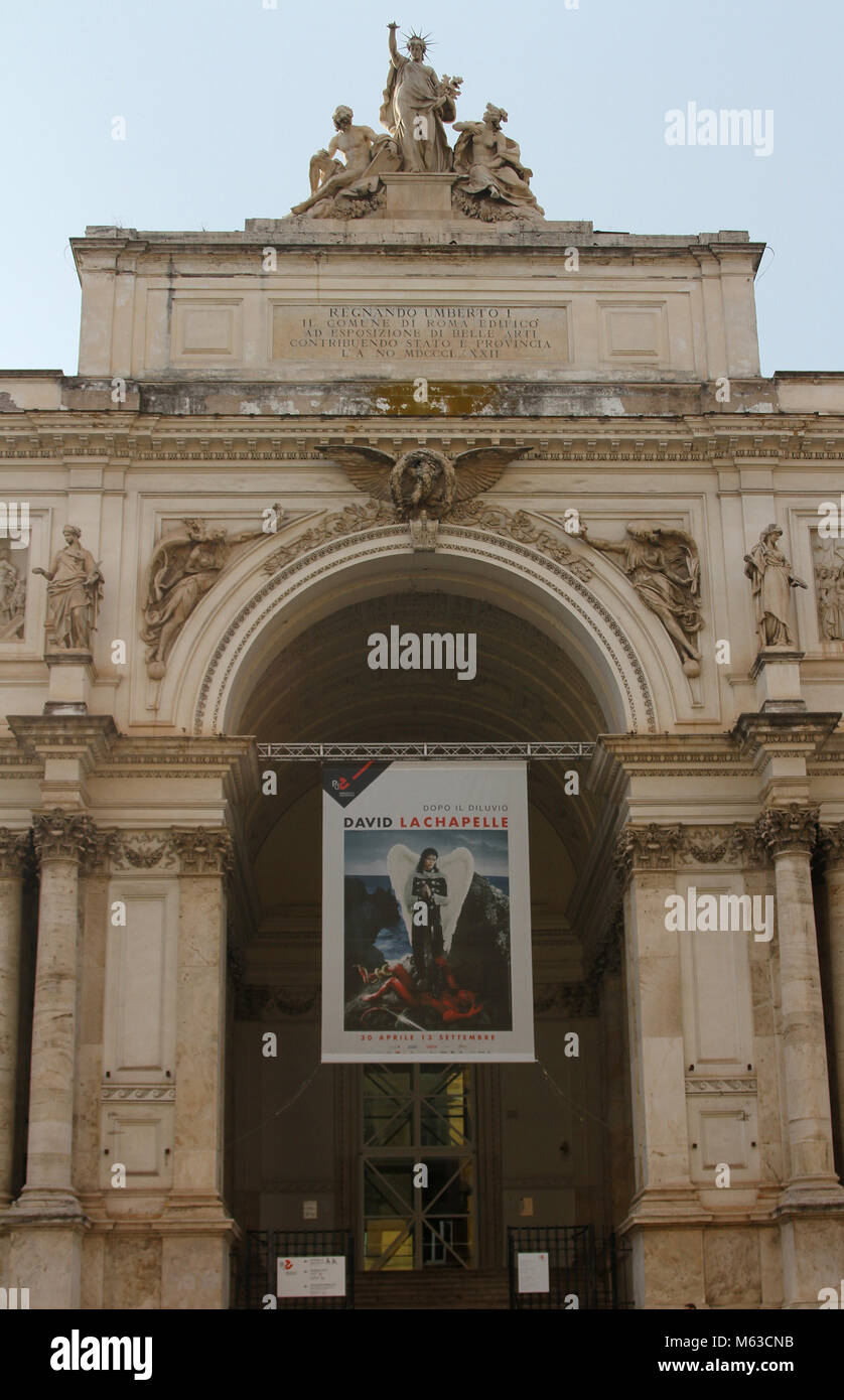 Front view of the the Regnando Umberto Fine Arts Museum as well as the Municipality of Rome building with an advertisement - Stock Image