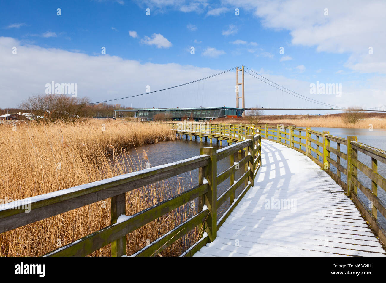 Humber, North Lincolnshire. 27th Feb, 2018. UK Weather: Snow at the Water's Edge Country Park in Barton-upon - Stock Image