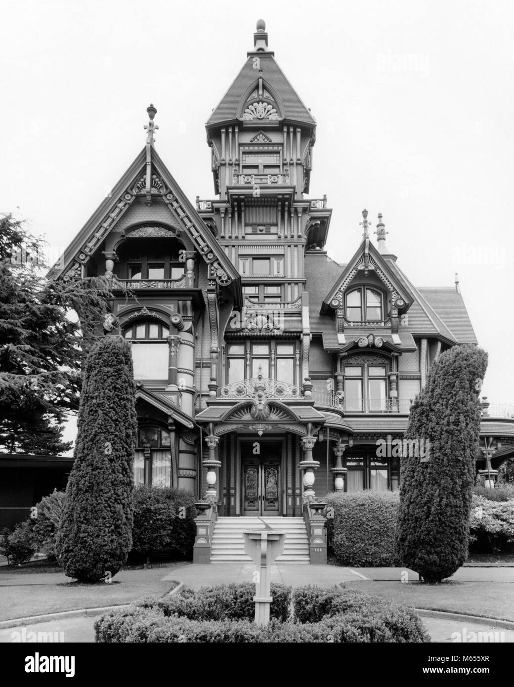 1960s victorian carson mansion home of private ingomar club built 1886 in eureka california usa