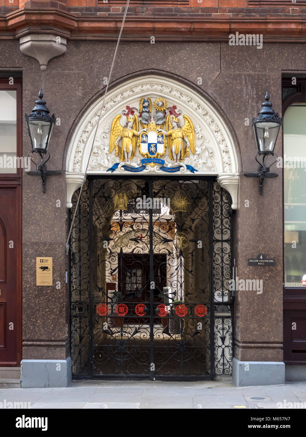 LONDON, UK:  Entrance to the Worshipful Company of Tallow Chandlers - Stock Image