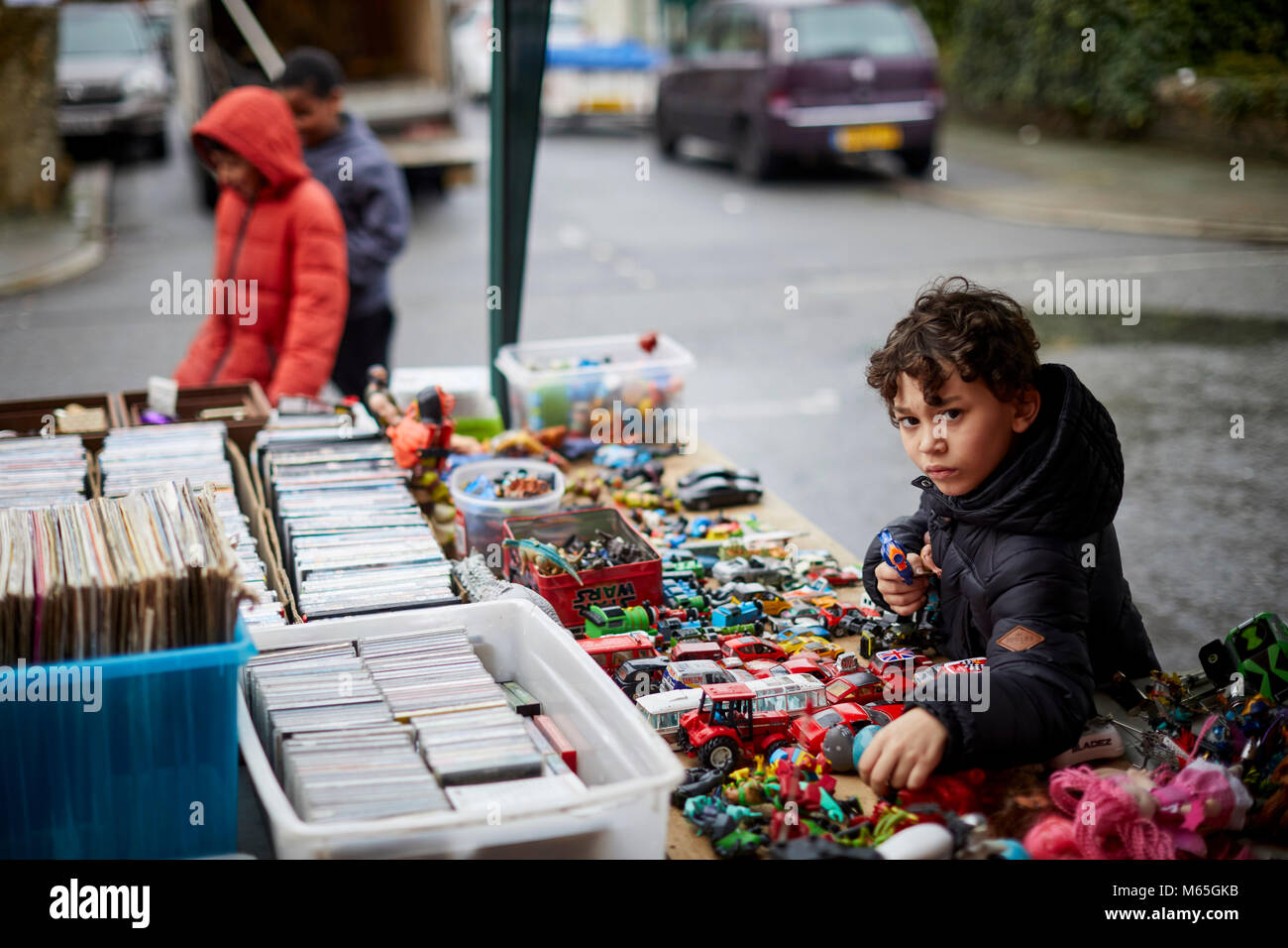 Liverpool's Granby Street market a  Turner Prize winning regeneration area. Locals browsing the second hand - Stock Image