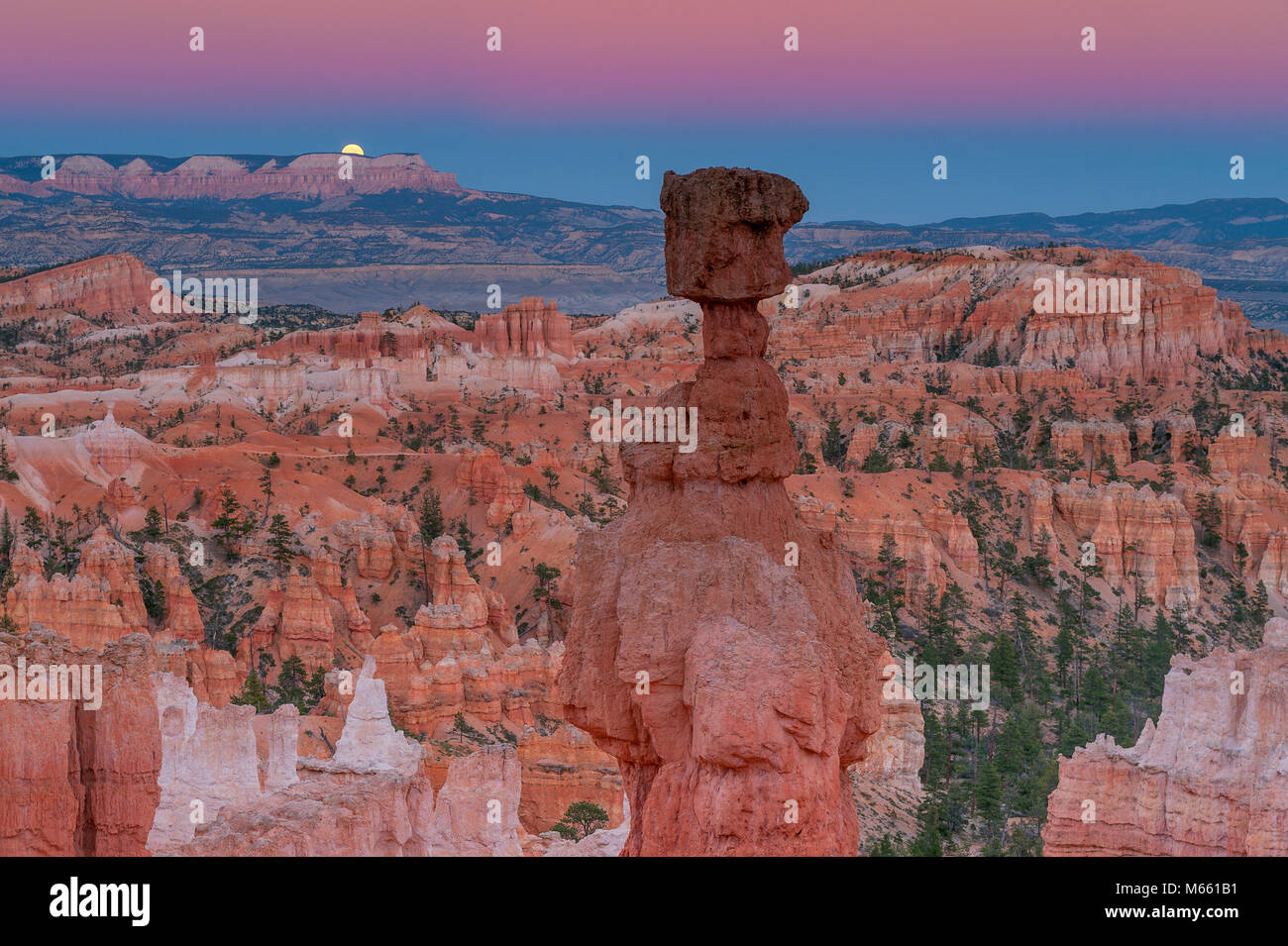 Moonrise, Thors Hammer, Bryce Canyon National Park, Utah - Stock Image