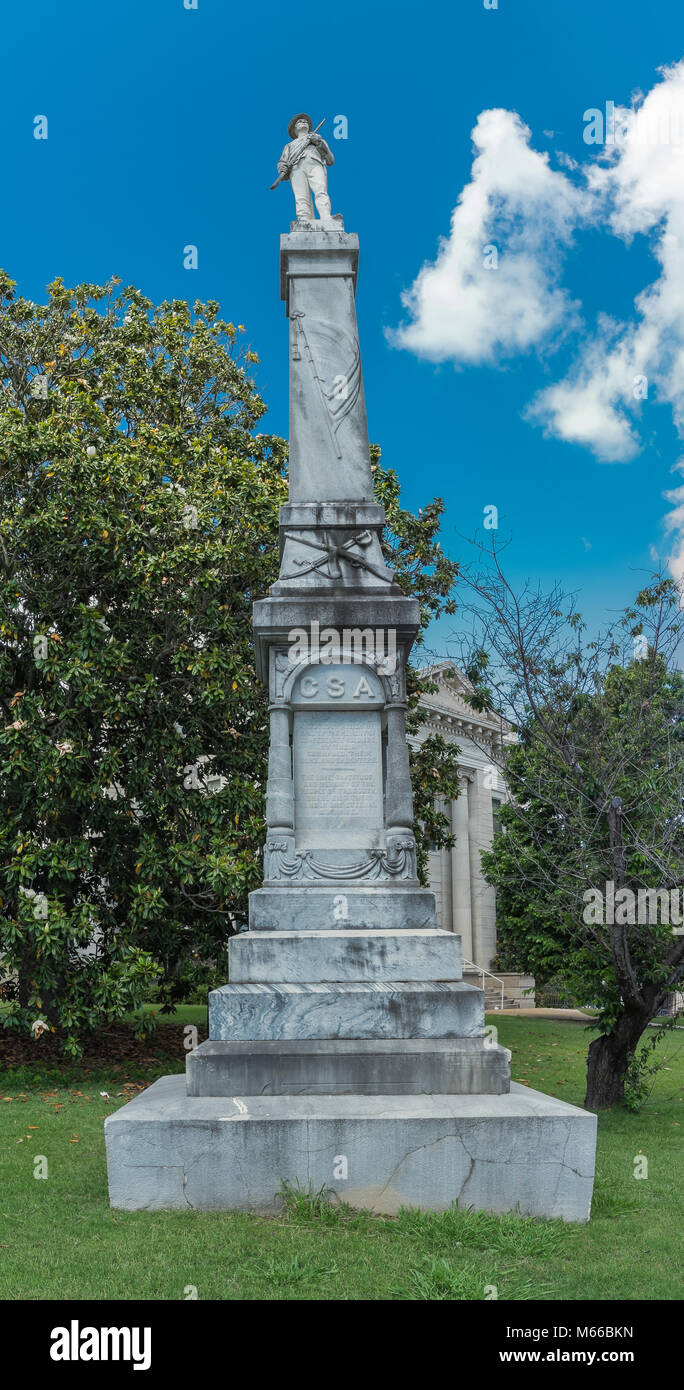A monument honoring the fallen confederate soldiers of Mississippi. - Stock Image