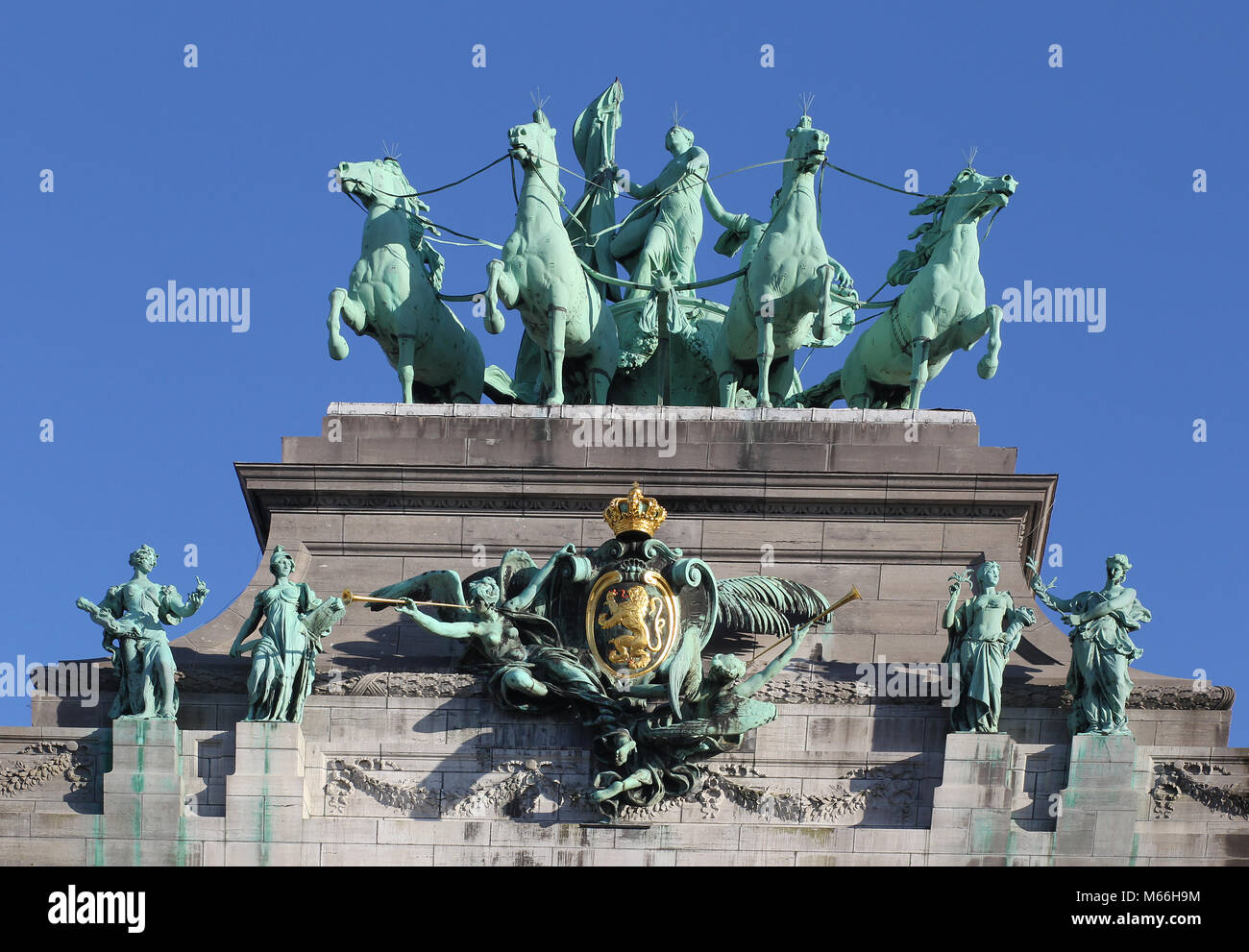 Triumphal arch in Cinquantenaire Park , Brussels Belgium, commemorating the fiftieth anniversary of Belgian independence. - Stock Image