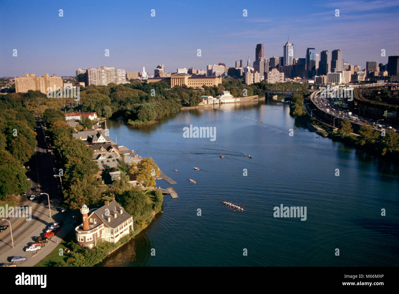 1990s 1994 AERIAL VIEW OF SCHUYLKILL RIVER AND PHILADELPHIA PA USA - kp6141 DEG002 HARS SCULLING EXTERIOR NOBODY - Stock Image