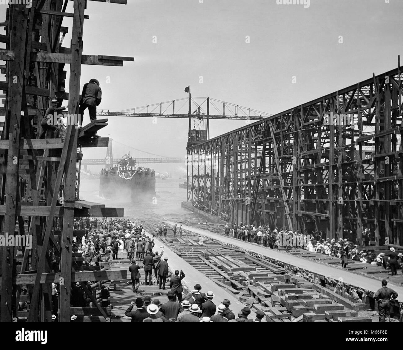1910s 1940s LAUNCHING BATTLESHIP ARIZONA JUNE 1915 SHIP SUNK PEARL HARBOR DECEMBER 7 1941 BROOKLYN NAVY YARDS NEW - Stock Image