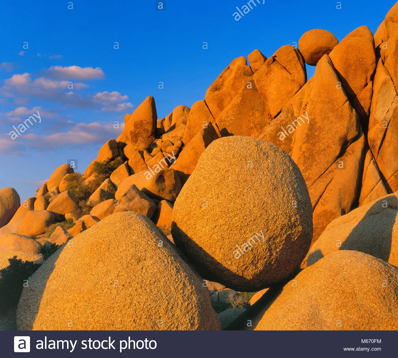 Balanced Rocks, Joshua Tree National Park, California - Stock Image