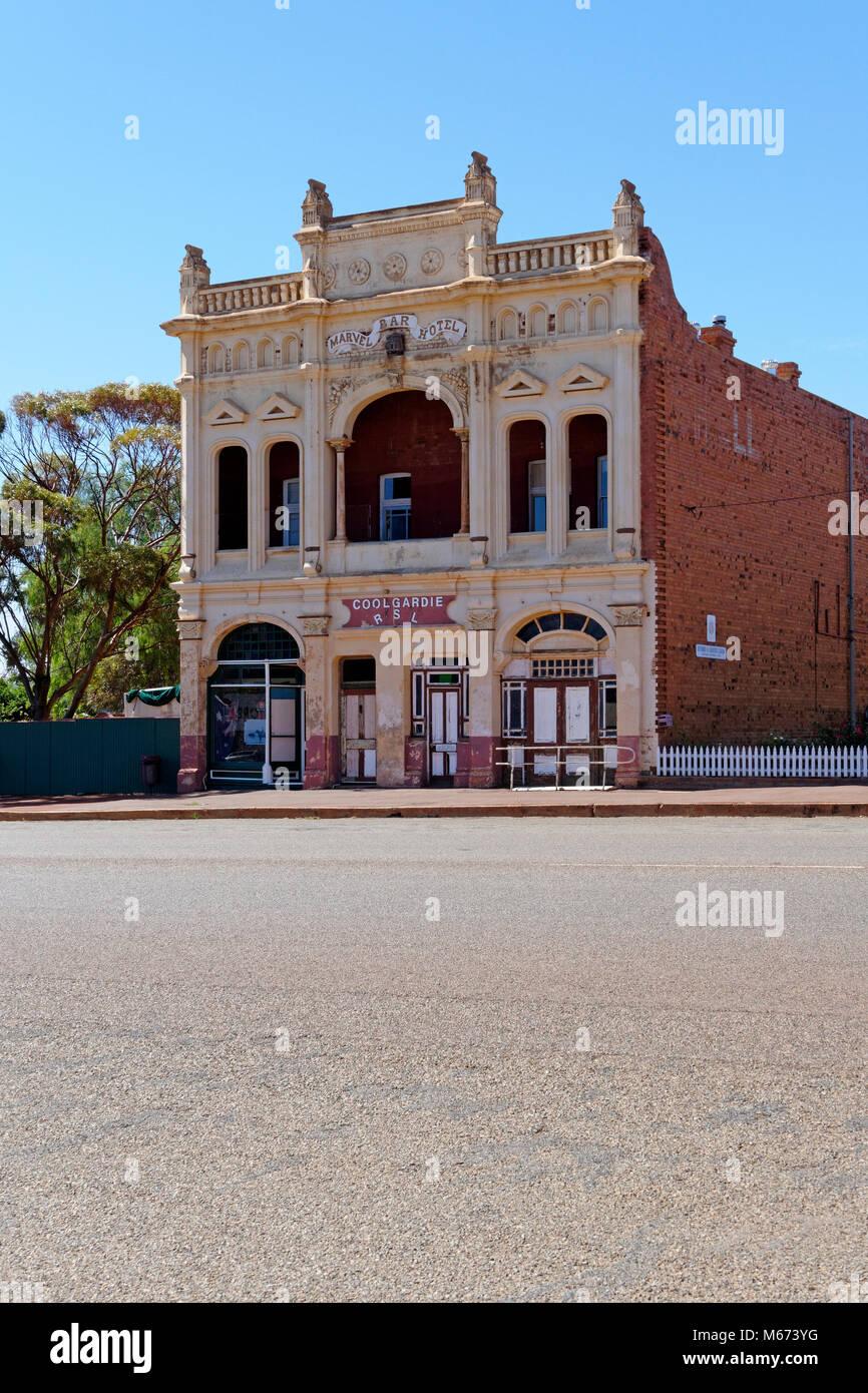 Old Marvel Bar Hotel, now occupied by Coolgardie RSL, Coolgardie, Western Australia. - Stock Image