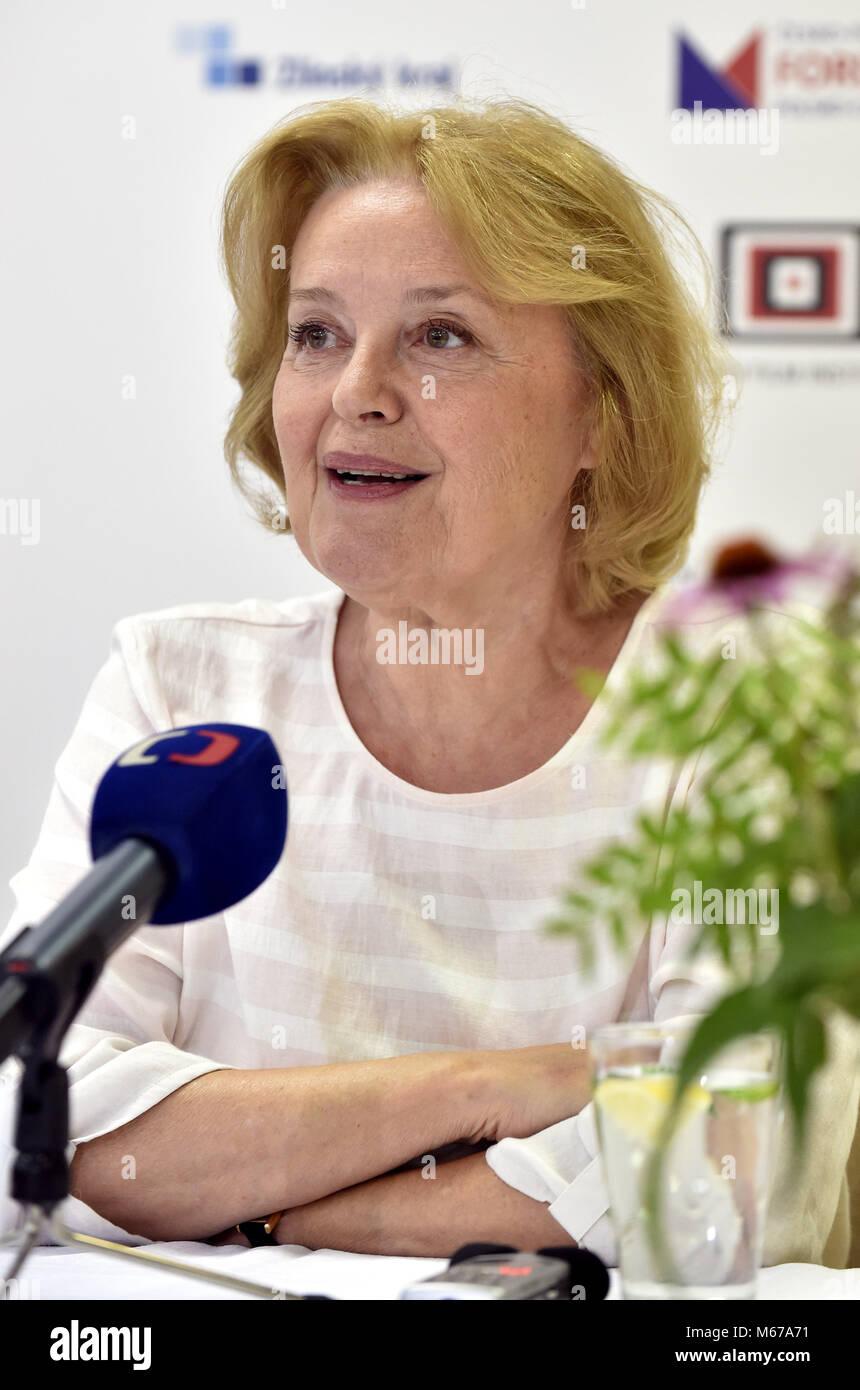 Magda Vasaryova Nude Photos 57