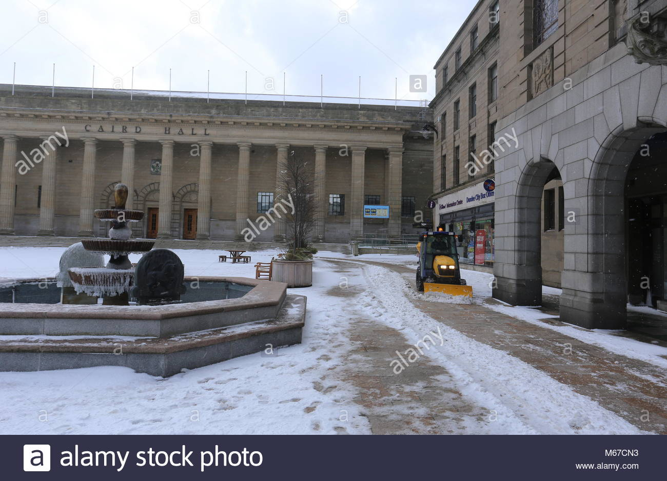 Dundee, UK. 1st March 2018. The Beast from the East weather front brings more snow to Dundee.  © Stephen Finn/Alamy - Stock Image