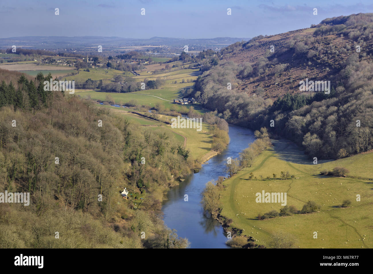 The River Wye at Symonds Yat, Herefordshire, England, UK, seen from the Yat Rocks. - Stock Image