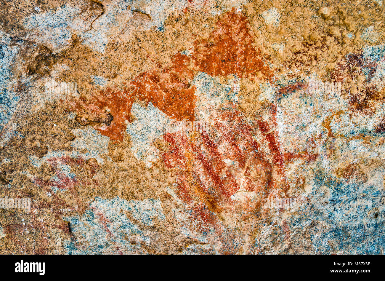 Abstract pictographs in Middle/Late Archaic style (3000 B.C.-450 A.D.), cave in East Mountain area, Chihuahuan Desert, - Stock Image