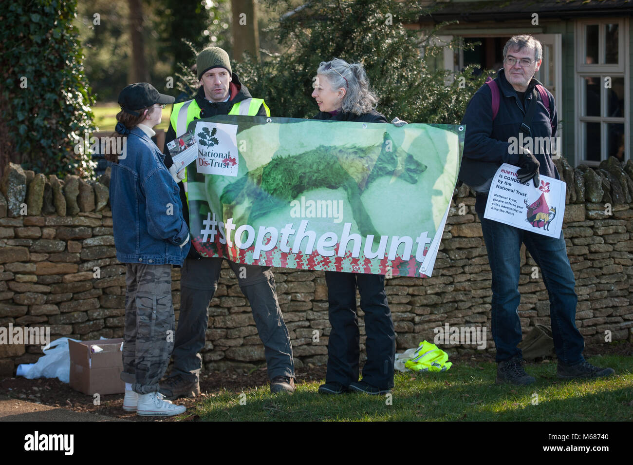 Upton House, Banbury, Oxfordshire, UK. 25th February 2018.  Protesters take part in a demonstration outside Upton - Stock Image