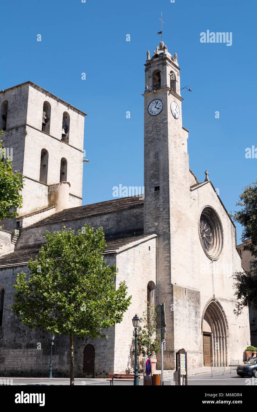 Concathédrale Notre-Dame-du-Bourguet de Forcalquier Forcalquier Alpes-de-Haute-Provence Provence-Alpes-Cote d'Azur France Stock Photo