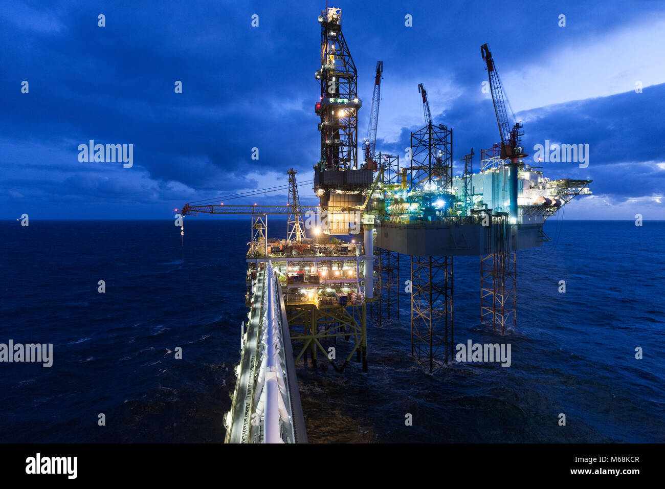 North Sea Oil Rig Worker In Winter Conditions Stock Photo