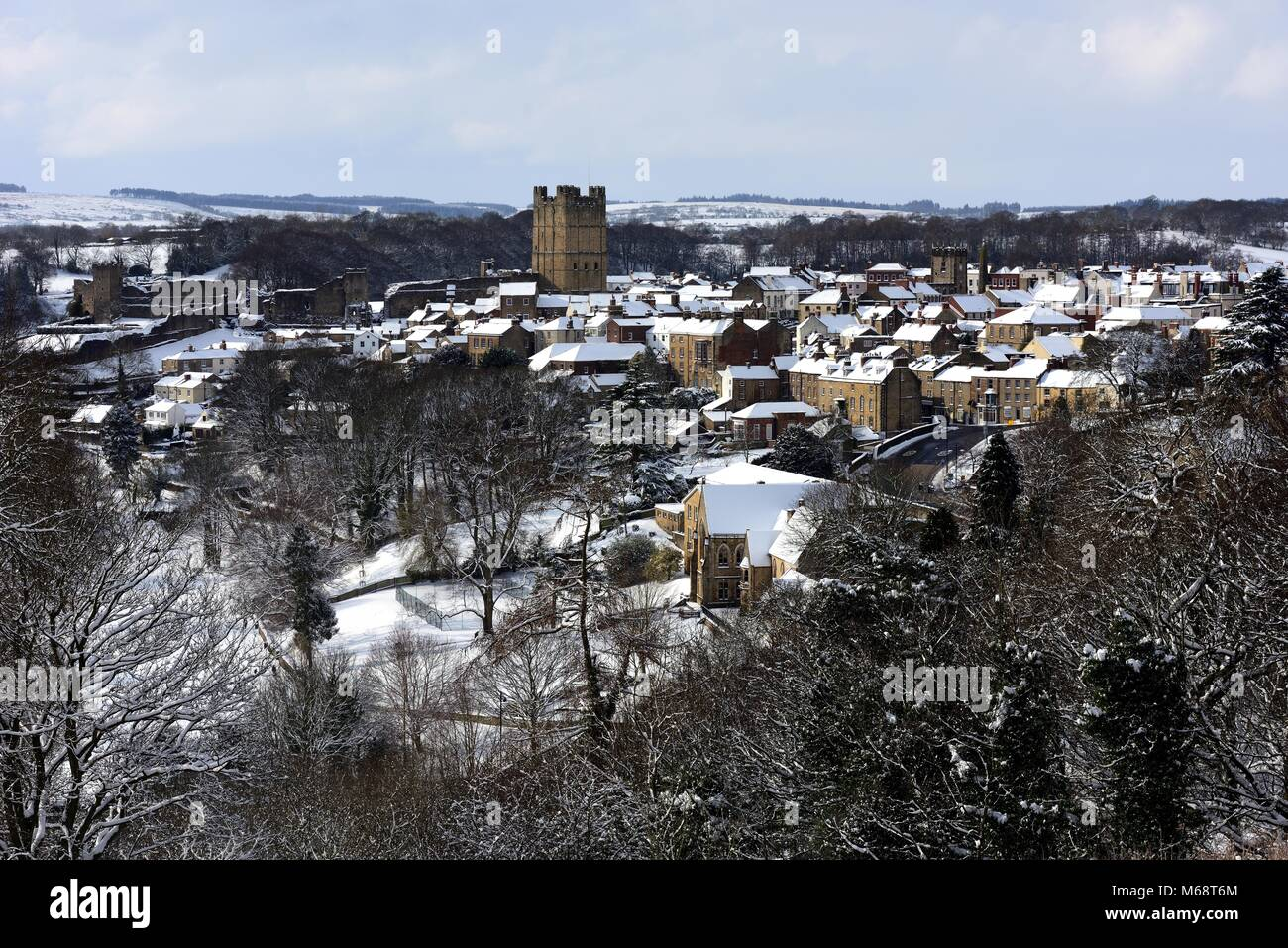 Richmond, Yorkshire,seen from above after snowfall - Stock Image