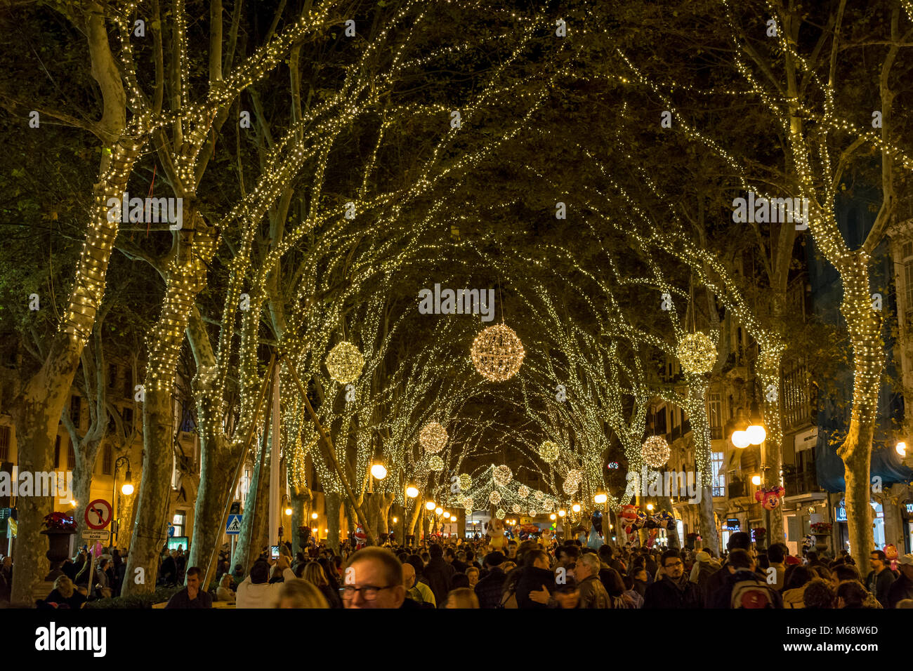 Weihnachtliche Festbeleuchtung in Palma de Mallorca, auf dem 'Born' - Stock Image
