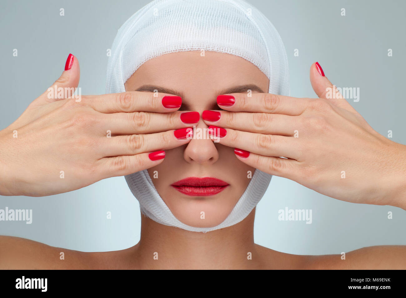 Bandaged Eyes Stock Photos Bandaged Eyes Stock Images Alamy