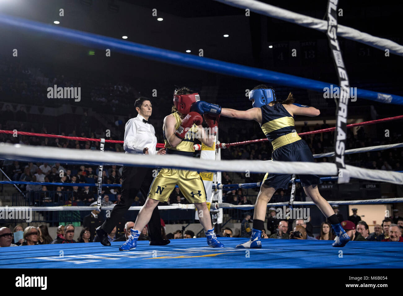 Navy Boxing Stock Photos & Navy Boxing Stock Images - Alamy