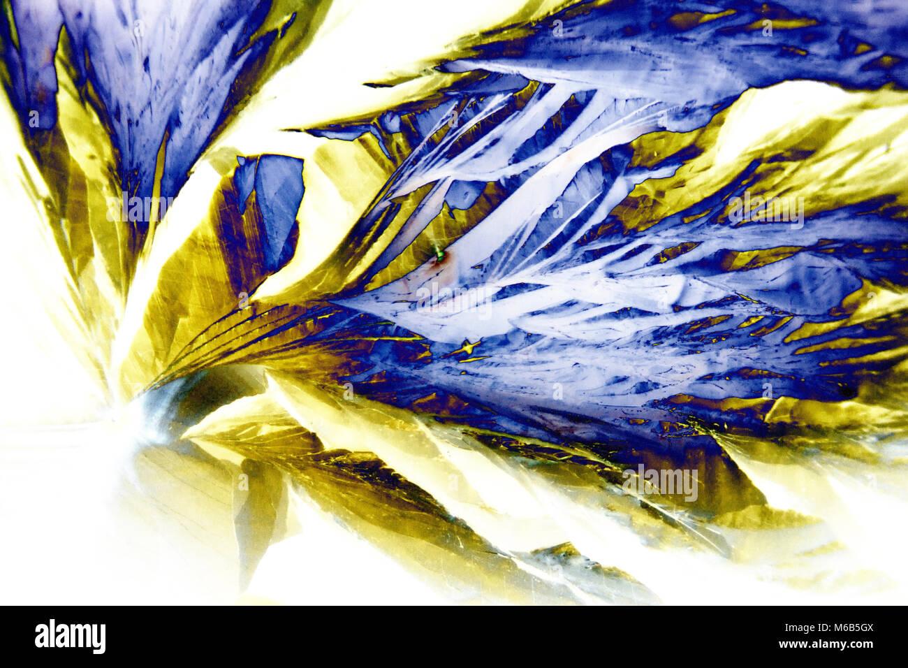 Microcrystals of tartaric acid in polarized light - Stock Image