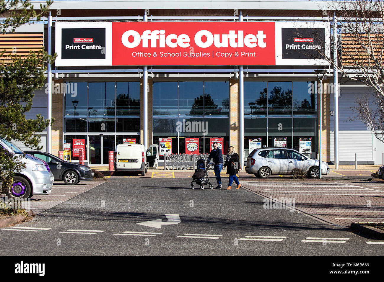 One of (33) images related to UK retail with popular high street company's and brands. Office Outlet business - Stock Image