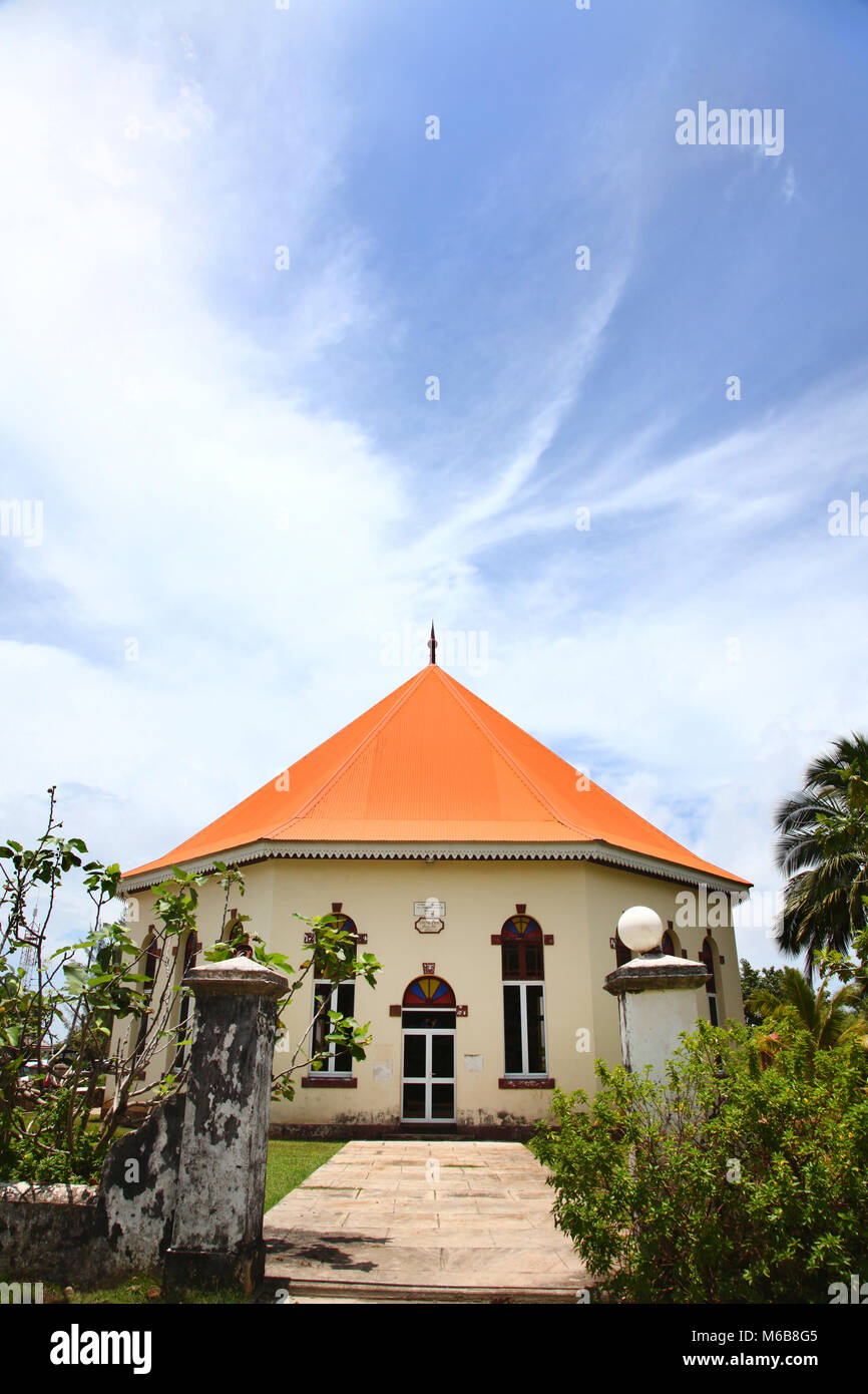 Papetoai Protestant Church in the town of Papeto'ai, island of Moorea, French Polynesia, South Pacific. - Stock Image