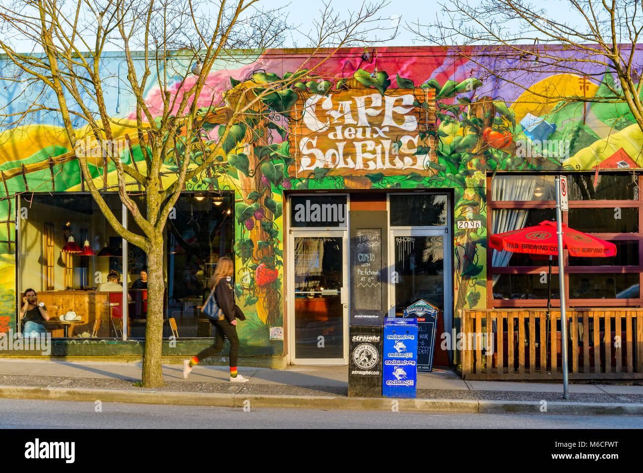 Cafe deux Soleils, Commercial Drive, Vancouver, British Columbia, Canada Stock Photo