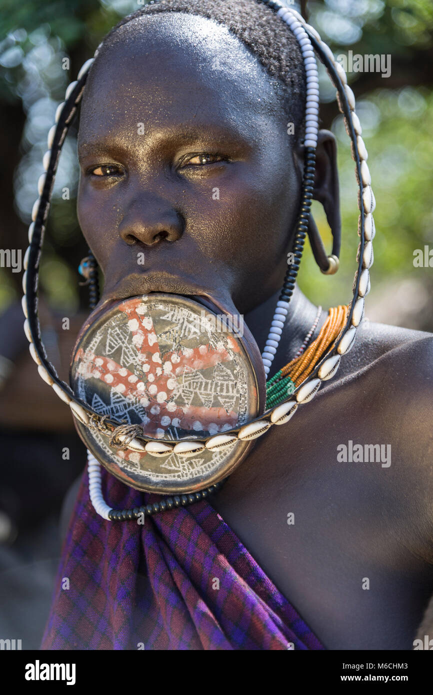 Woman with lip plate from the Mursi tribe, Southern Nation Region, Ethiopia - Stock Image