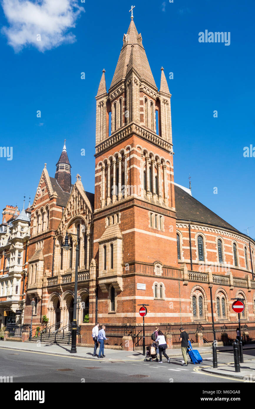 King's Weigh House now Catholic Cathedral of the Holy Family in Exile, Mayfair, London by Alfred Waterhouse - Stock Image