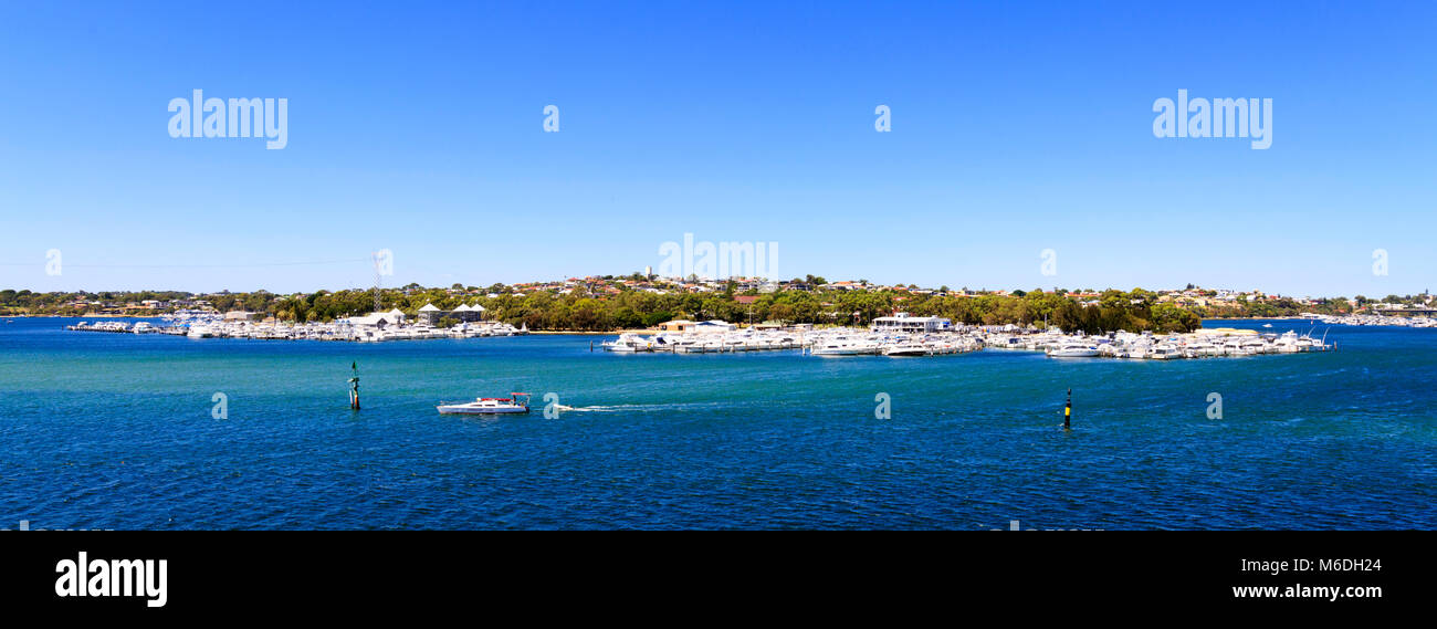 Swan Yacht Club, the Swan River and East Fremantle as viewed from Mosman Park. Perth, Western Australia - Stock Image