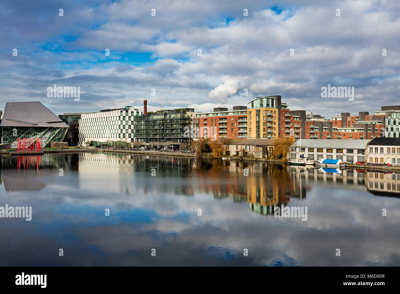 Modern architecture of the Hanover Quay in Grand Canal Dock, Dublin, Ireland - Stock Image