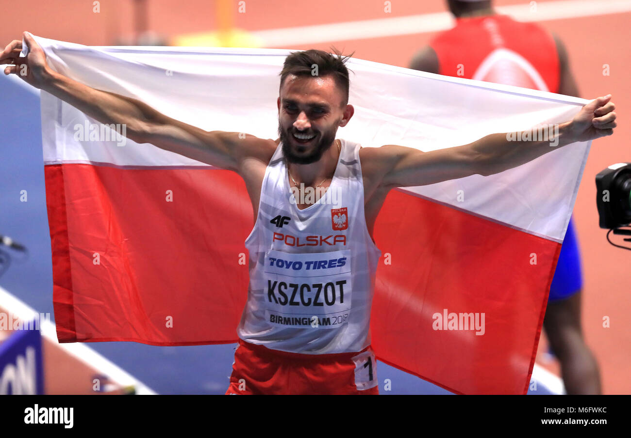 Poland's Adam Kszczot celebrates winning the Men's 800m Final during day three of the 2018 IAAF Indoor World - Stock Image