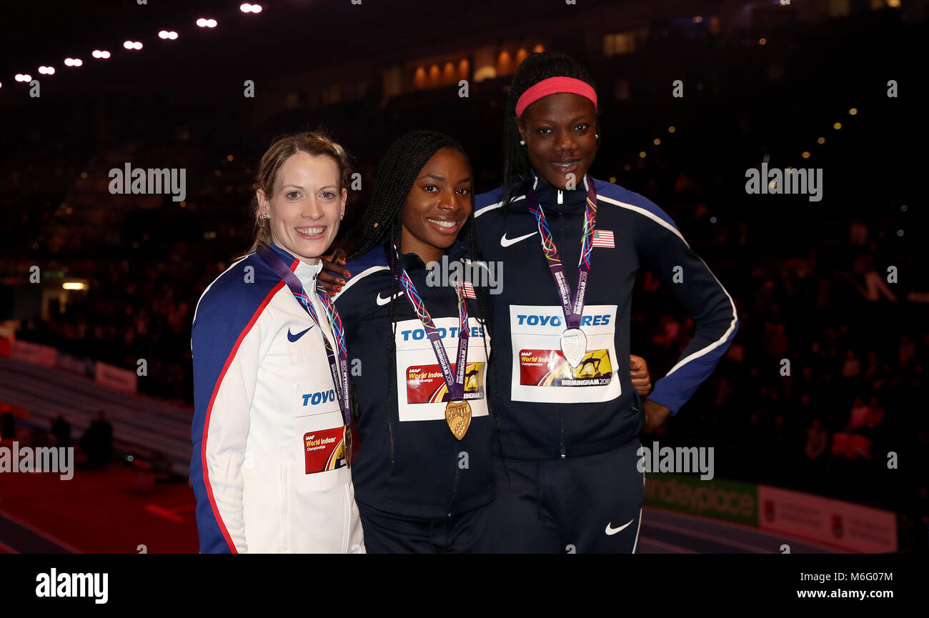 Great Britain's bronze medal winner Eilidh Doyle (left), USA's silver medal winner Shakima Wimbley (right) - Stock Image
