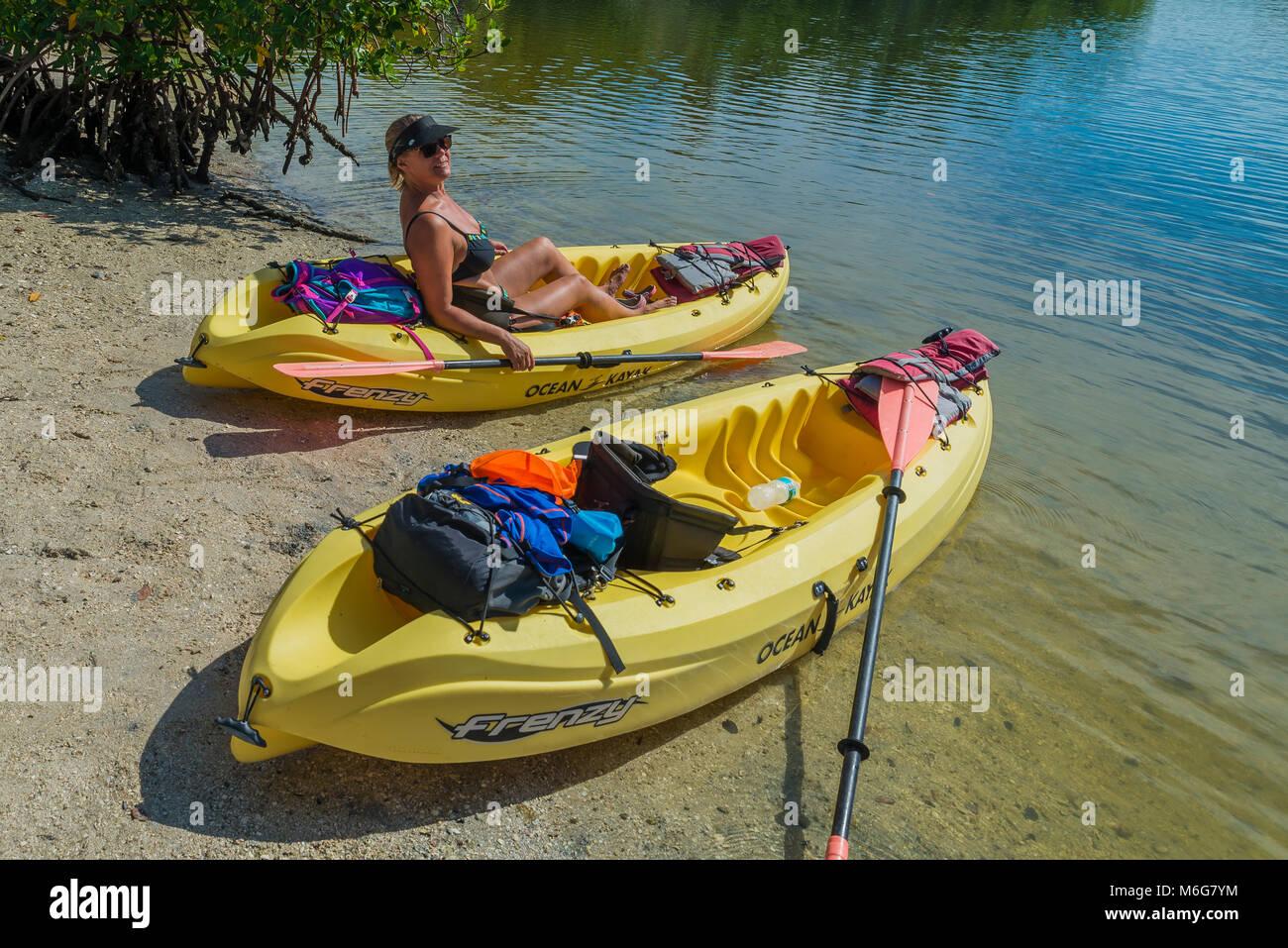 USA, Florida Fort Myers beach, sol, varmt, semester, ledigt, hav, sjö, kajak, plastkajak, båt, paddel,  sjöko, upplevelse, Stock Photo