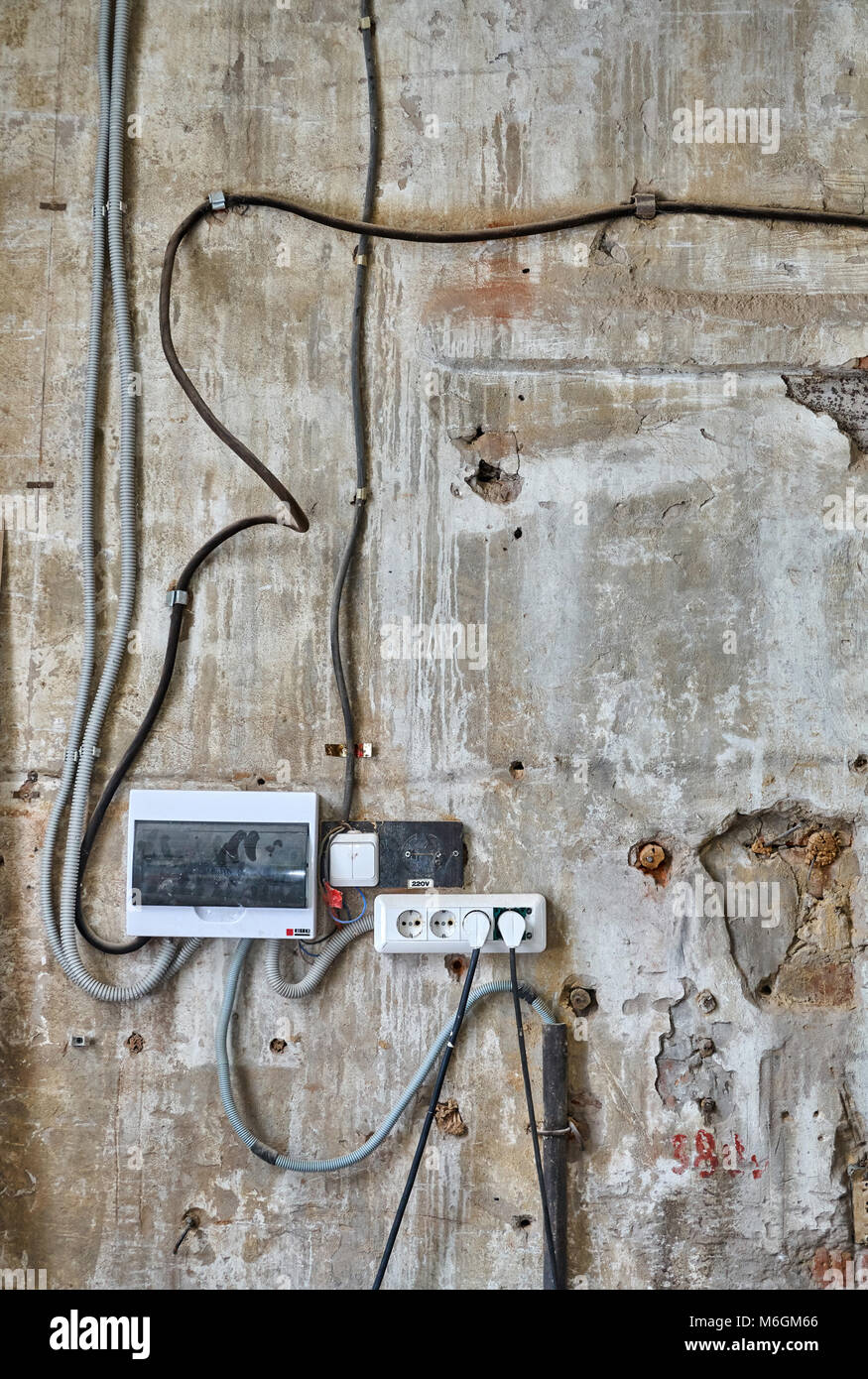 Old Wall Wiring Electrical Work Diagram Wire For Outlet Peeling With Accessories In The Workshop Stock Photo Rh Alamy Com Speaker Volume Control