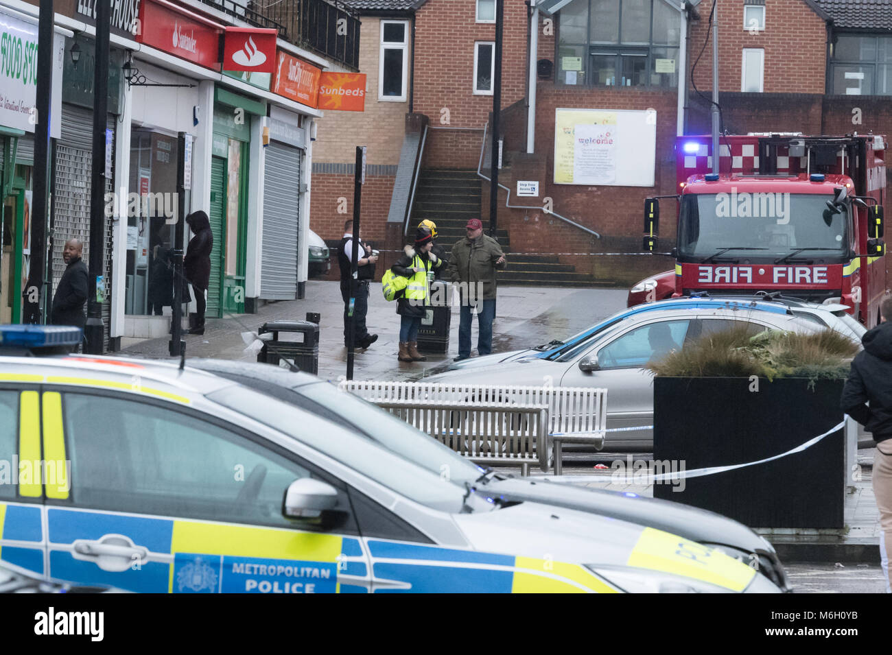 Romford Essex, 4th March 2018,  A blast was reported in Farnham Road, Harold Hill, Romford.  Police and fire service - Stock Image