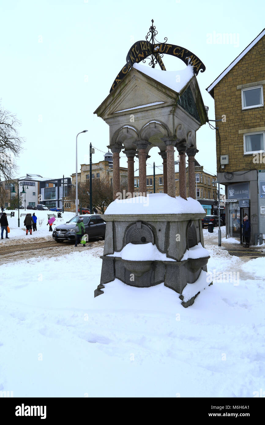 Snowy Scene In Kirkintilloch, East Dunbartonshire, Scotland. The Watson  Fountain Was Donated By Sir John Watson In 1893 Although No Longer Used