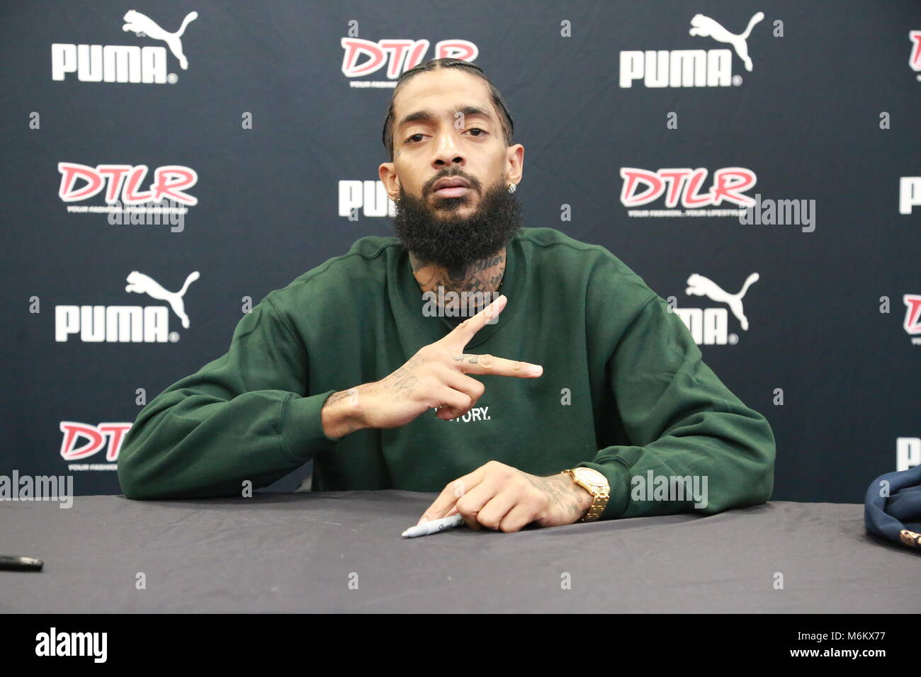 Nipsey Hussle Victory lap album signing Stock Photo