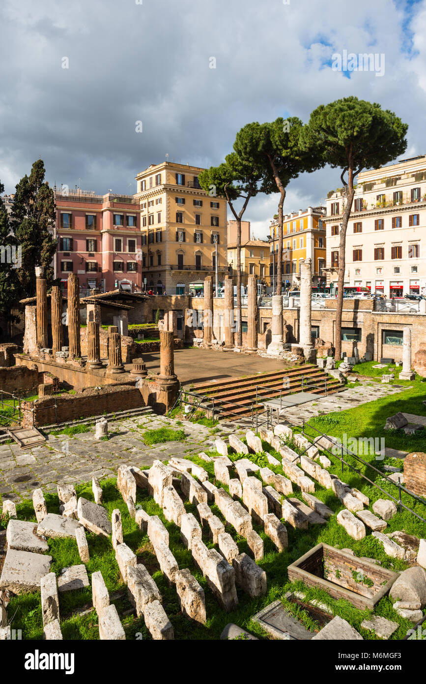 Largo di Torre Argentina is a square in Rome, Italy, with four Roman Republican temples and the remains of Pompey's - Stock Image