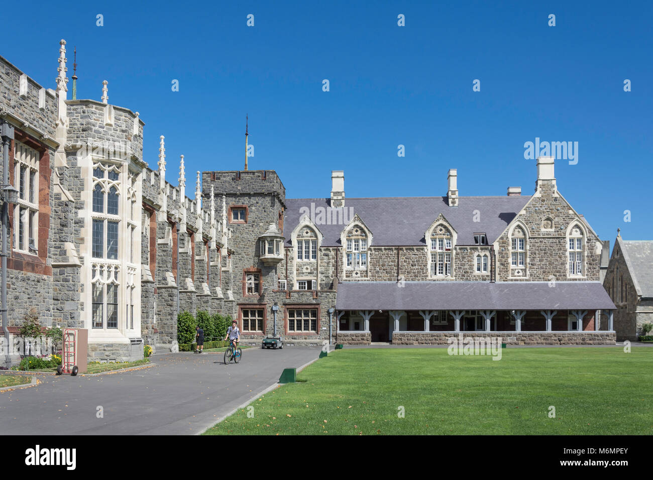 Christ's College School Memorial Dining Hall and Houses around quadrangle, Rolleston Avenue, Christchurch, Canterbury, - Stock Image