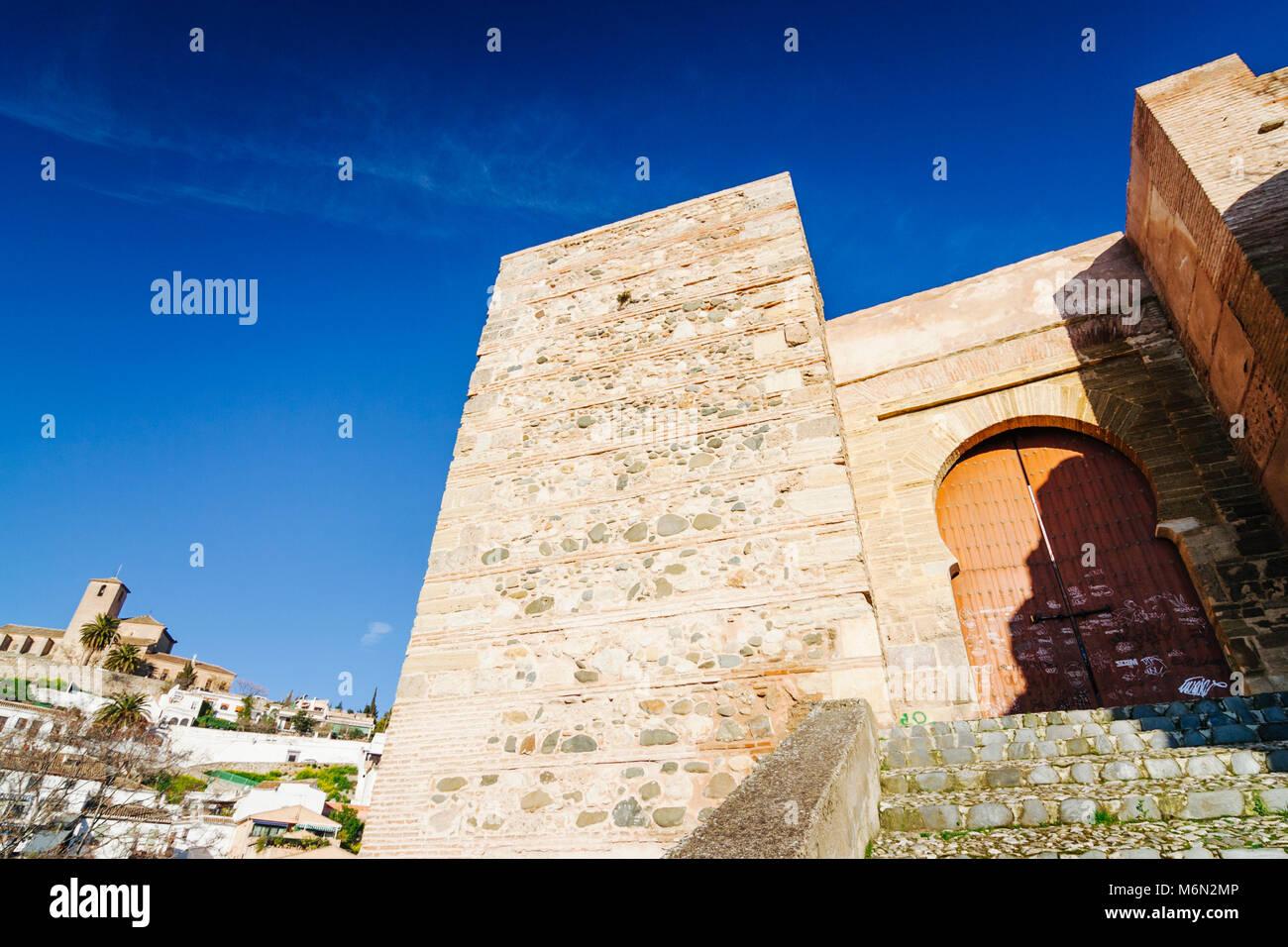 Granada, Andalusia, Spain. XI century Monaita door (Puerta Monaita) in Lona Lane (Carril de la Lona) in the Unesco - Stock Image