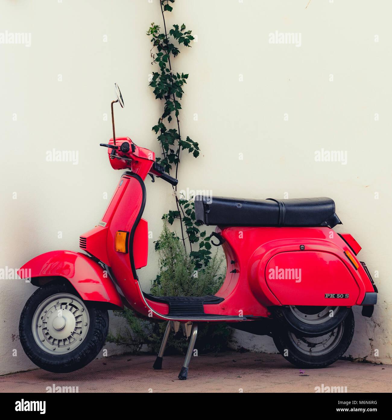 Red Italian Vespa PK 50 S moped - Stock Image