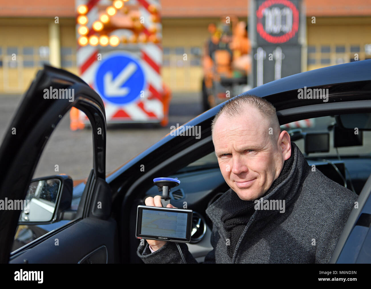 05 March 2018, Germany, Dessau-Rosslau: Klaus Jaeckel, project manager at the state's road authority Saxony - Stock Image