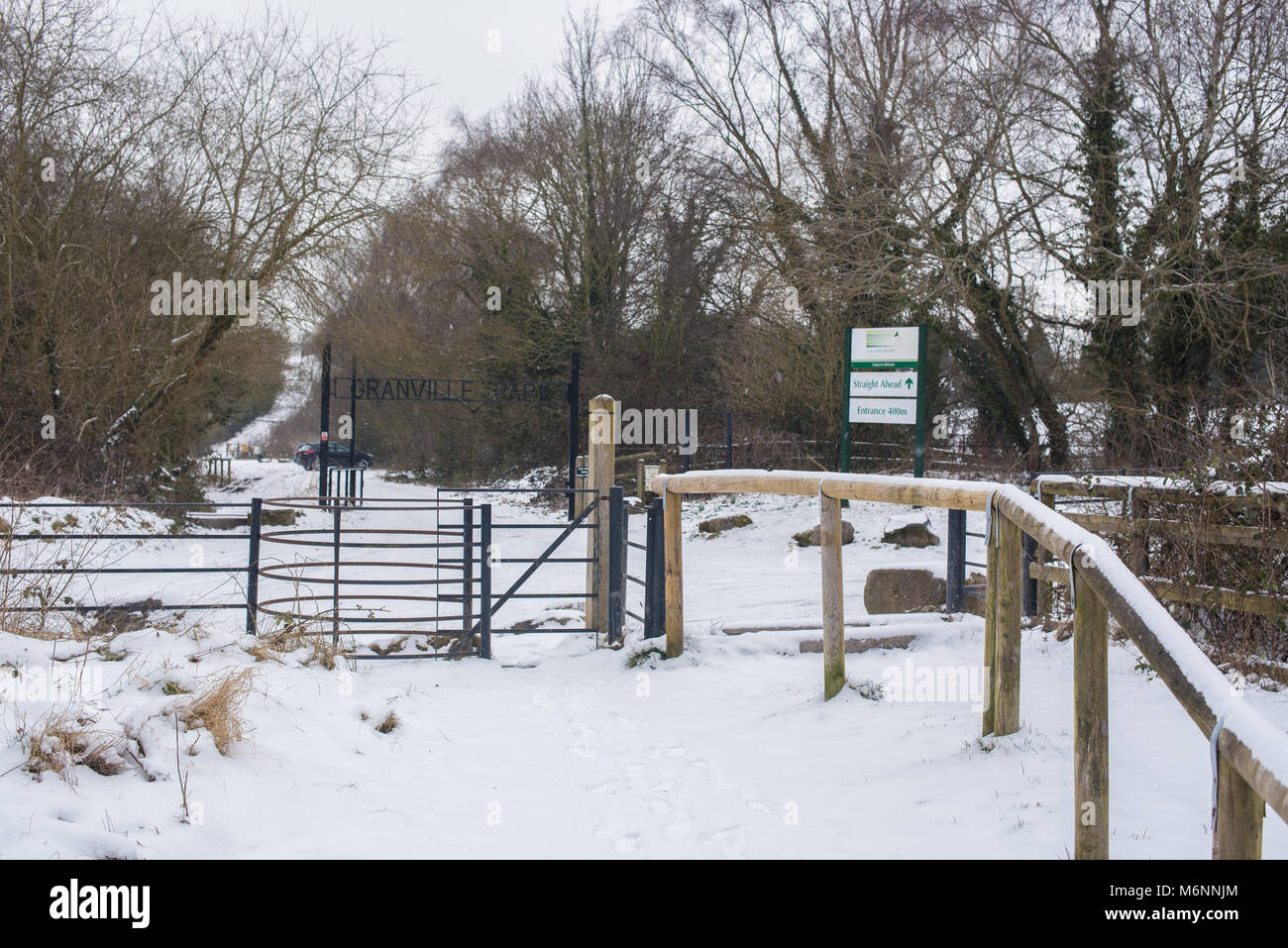Snow Covered roads and pathways in the West Midlands town of Telford in Shropshire. Freezing temperatures and blankets - Stock Image