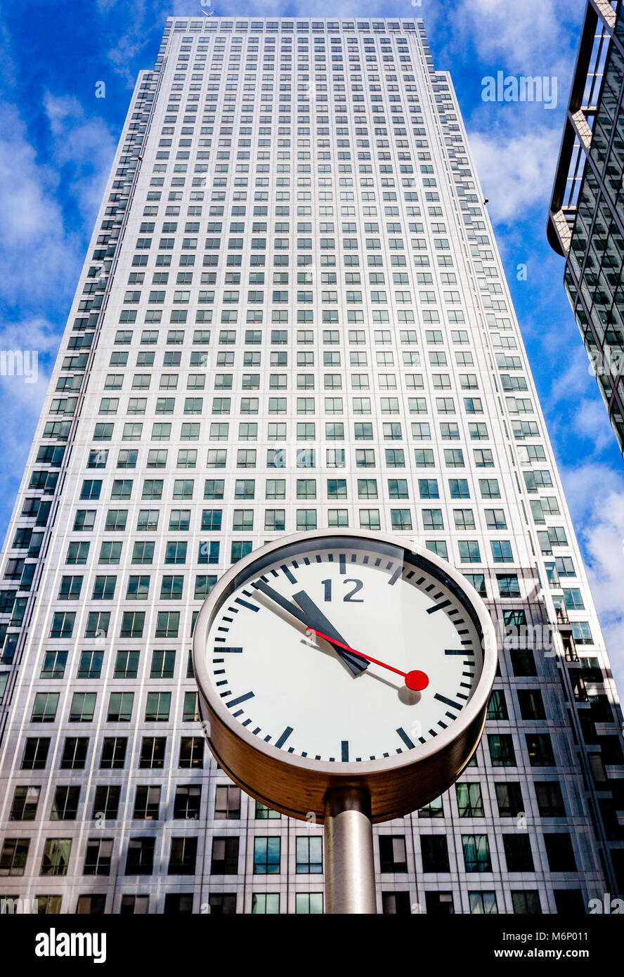 One Canada Square or Canary Wharf Tower and clock in the Canary Wharf financial district of East London UK now the - Stock Image