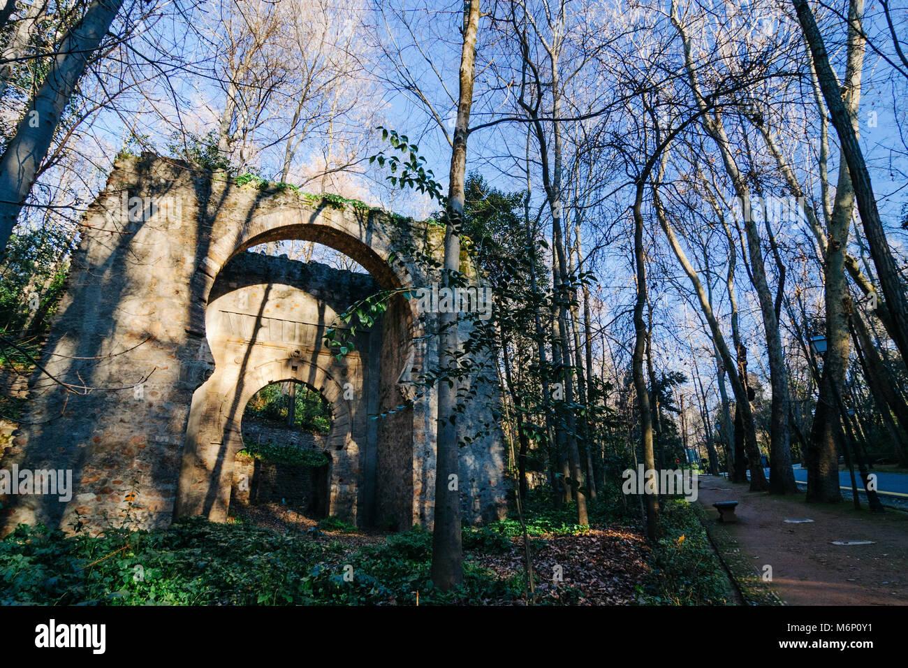 Granada, Andalusia, Spain. XI century Moorish Gate of the Ears (Arco de las Orejas), also called Bib-Arrambla gate - Stock Image
