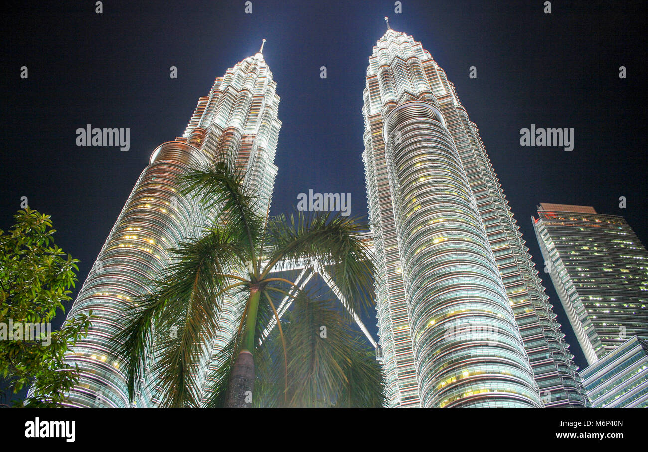 Cityscape scene at night of Petronas Towers, Kuala Lumpur City Centre (KLCC), Kuala Lumpur, Malaysia - Stock Image
